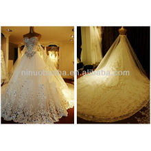 Magnifique 2014 Crystal Lace Applique Robe de bal en train chapelle Weddng Dress Church Robe de mariée NB065