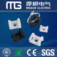 Tipo de silla de montar del cable de nylon montajes, zócalo para las ataduras de cables con UL94V-2, aprobación del CE