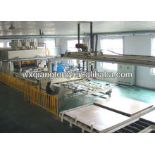 Kurzzyklus Melaminplatte Laminiermaschine / Möbelplatten Produktionsmaschine