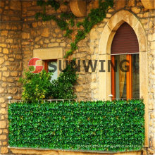 Garden artificial fence leaf plastic Synthetic hedge boxwood mat We also accept OEM, timely delivery and quality assurance.