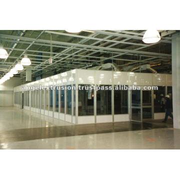 Extrusion d'aluminium pour salles blanches