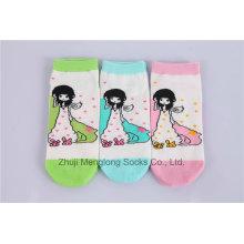 Calcetines lindo niña de dibujos animados chica calcetines chica popular para la venta al por mayor