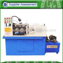 Automatic bolt screw thread rolling machine