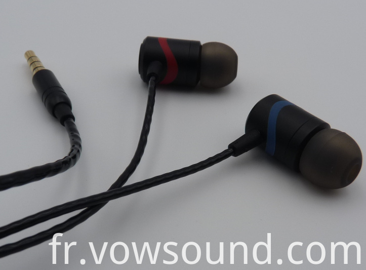 Wired Earbuds with Microphone