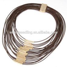 Collier de charme à cordon à cire multicouches à la mode avec un petit tube de cuivre