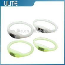 Pulseiras de silicone Molde de injeção de plástico com boa qualidade e baixo preço para o protótipo de produção, design, fabricação de moldes