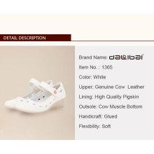 nurse Leather hospital shoes clog Factory price