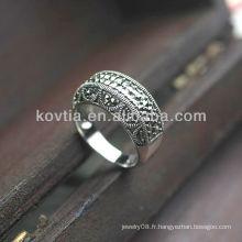 Anneaux en argent thaïlandais de style antique ou féminin de luxe