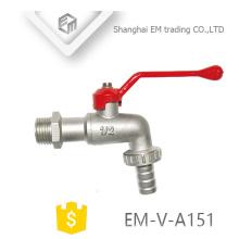 EM-V-A151 Nickel plaqué poignée rouge Bibcock laiton corps long