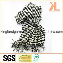 Акриловая зимняя теплая черная и белая ласточка / Подвязанный плетеный шарф с петлей