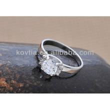 Bague de fiançailles en diamant en argent sterling de haute qualité