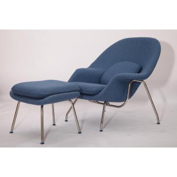 Klassisk replik av Eero Saarinen Womb Chair