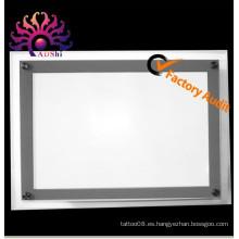 La caja caliente de la iluminación del tatuaje del cristal LED ultra delgado estupendo de la venta