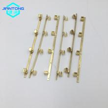 La douille en cuivre emboutie raccordant des composants électroniques de cuivre Contacts
