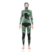 Seaskin Spearfishing Wetsuits ลาย Camo สีเขียว