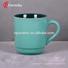 Керамическая кружка из керамического кружка зеленого цвета