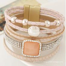 Les femmes en cristal de style populaire alibaba enveloppent un bracelet en cuir magnétique