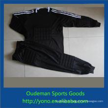 Maillots de football génériques, le dernier jeune football gardien de but vêtements de football personnalisé maillot