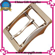 Hebilla de cinturón de metal con color oro rosa