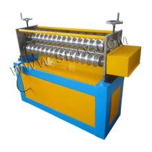 Rouleau de cintrage formant la machine