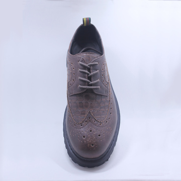 2020 New Brand Leather Tie up Casual Chaussures