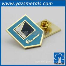 Kundenspezifisches Abzeichen mit Metallschmetterlings-KappenPin