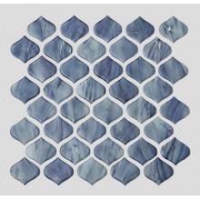 Синяя узорчатая стеклянная мозаика в гостиной