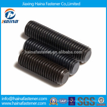 Alloy steel socket set screw with flat point