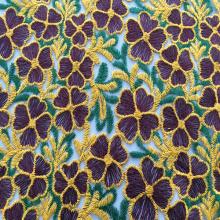 Hilo de coser multicolor bordado de flores de tela
