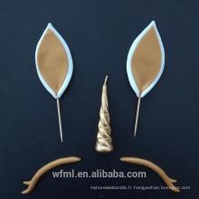 Bougie personnalisée de licorne d'or de jour de Pâques populaire pour la célébration