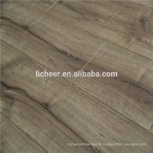 Fabricants de planchers stratifiés en Chine, revêtement de sol imitation bois intérieur / sol stratifié à simple clic