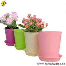 OEM Custom Plastic Flower Planter for Garden and Home Decoration