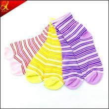 Hotsale Transparent Young Girl′s Tube Socks