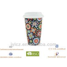 Keramische Kaffeetasse mit Silikondeckel