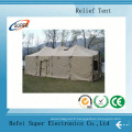 Des tentes de secours en cas de catastrophe sont cousues à la main en Chine
