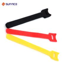 El cable de gancho echado a un lado doble de nylon del 100% ata el lazo del gancho