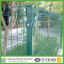 PVC Coated Euro Metal Decorative V Pressed Weld Mesh Fencing