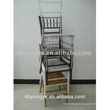 RESINA EMPILABLE CHIAVARI CHAIR