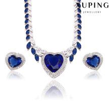 Moda de lujo en forma de corazón de rodio CZ Diamond Jewelry Set para Boda 62362