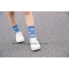 Lovely Cartoon Designs calcetines de algodón de niño Diseños Personalizados Populares al por mayor