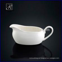 P & T ROYAL WARE Porcelana agradable barco de salsa de diseño para el restaurante
