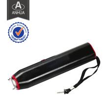 Choque elétrico de alta tensão com lanterna