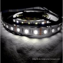 CE & ROHS Zertifizierung nicht wasserdicht 5050 RGB Flexible LED Streifen mit 2 Jahre Garantie