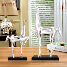 Пользовательские ремесла искусства миниатюрный смолы лошадь скульптура для офиса украшение стола