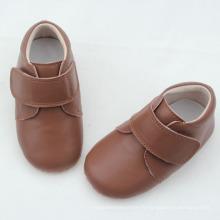 Dernières chaussures en cuir véritable en cuir véritable pour bébé