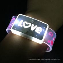Valentine Day Item Bracelet avec logo clignotant et logo d'amour