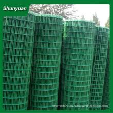 Bajo precio El galvanizado eléctrico o caliente se sumerge el acoplamiento de alambre soldado galvanizado en el rodillo o el panel (fabricante de China)