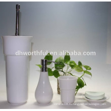 Дешевый набор керамической ванной с держателем щетки для унитаза