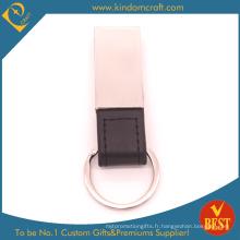 Porte-clés assortis en métal et en cuir de haute qualité dans une conception spéciale en provenance de Chine