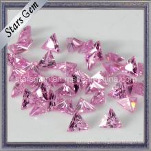 Rosa triângulo forma sintético cúbico zircônia pedra